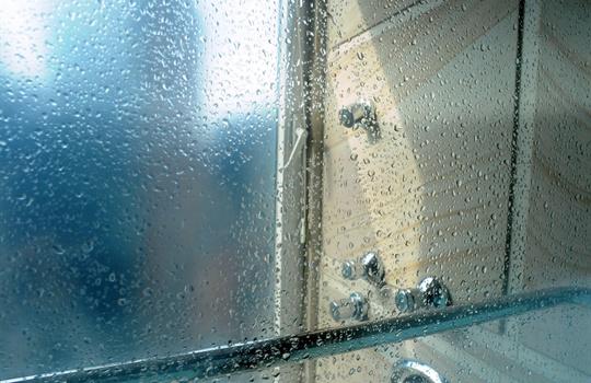 Afvoer Condens Badkamer : Vochtige badkamer oorzaken oplossing van vocht in de badkamer